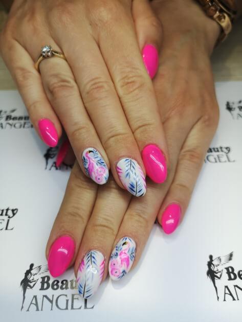 Paznokcie hybrydowe - flamingi Beauty Angel Studio Urody