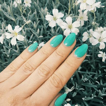 Stylizacja paznokci Beauty Angel - turkusowe paznokcie hybrydowe