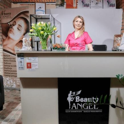 Właścicielka Bogumiła Żołnierczyk wsalonie Beauty Angel