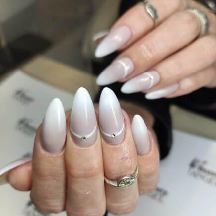 Białe hybrydy - stylizacja paznokci Rzeszów