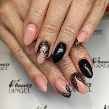 Łososiowo-czarne paznokcie hybrydowe - Beauty Angel