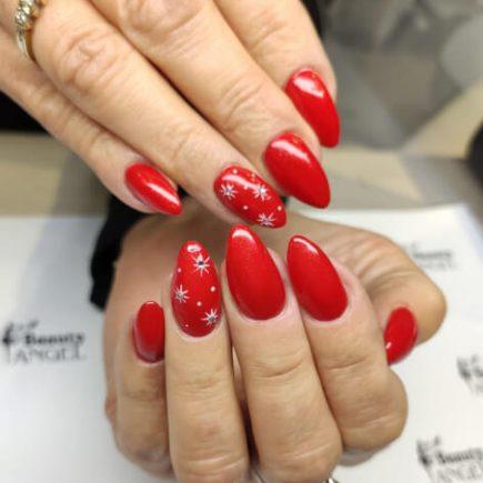 Świąteczna stylizacja paznokci Beauty Angel Studio Urody
